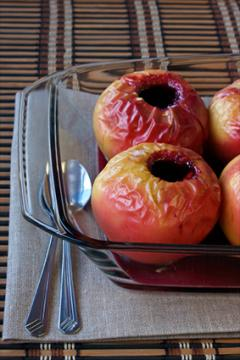 Maple-Cinnamon Baked Apples