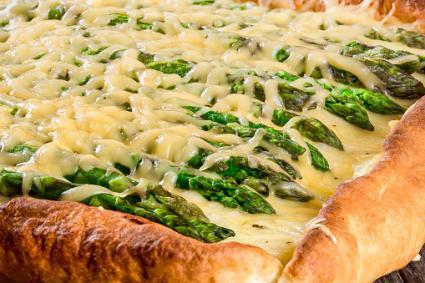 Asparagus flat bread