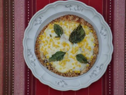 Sweet corn pita pizza