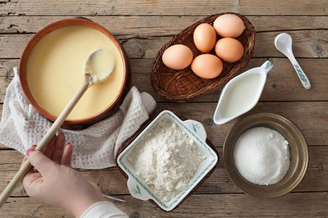 Preparing custard with fresh ingredients