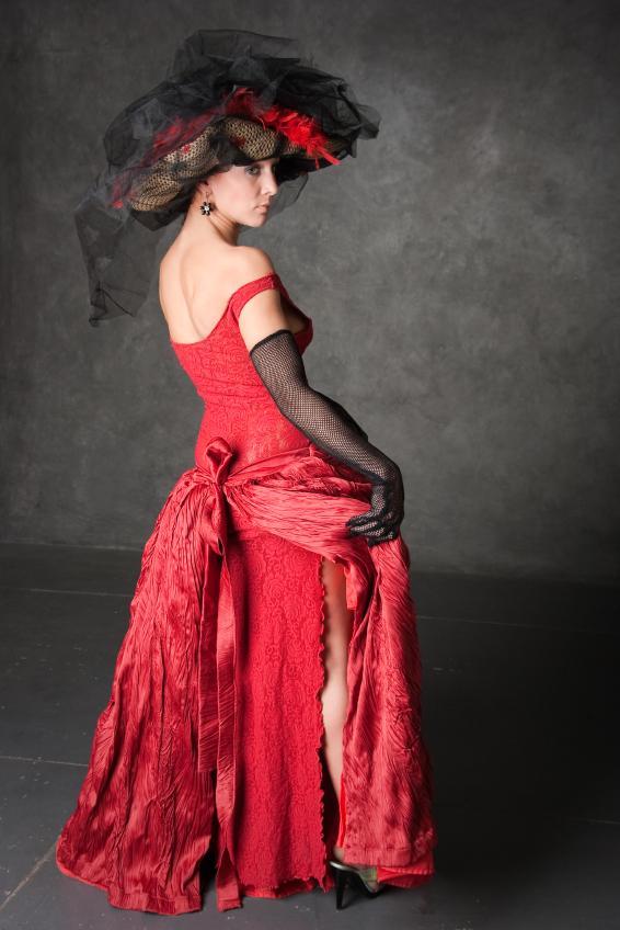 https://cf.ltkcdn.net/costumes/images/slide/105077-566x848-reddress.jpg