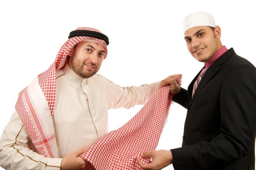 https://cf.ltkcdn.net/costumes/images/slide/154274-850x565r1-arabian-men.jpg