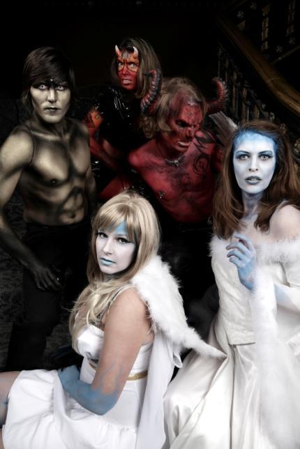 https://cf.ltkcdn.net/costumes/images/slide/159478-430x644-halloween1.jpg