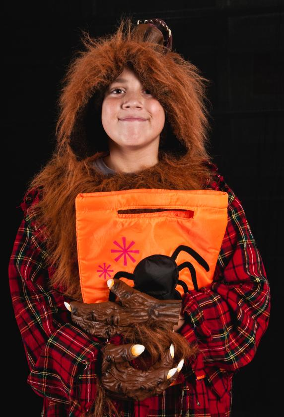 https://cf.ltkcdn.net/costumes/images/slide/164856-572x839-werewolf.jpg
