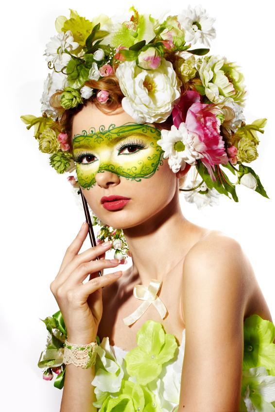 https://cf.ltkcdn.net/costumes/images/slide/167167-566x848-flower-fairy.jpg