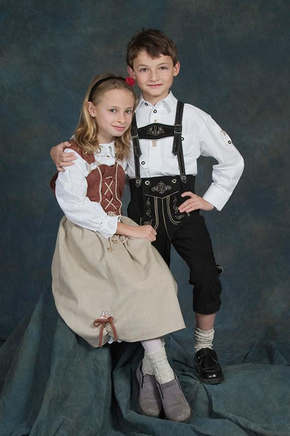 bavarian lederhose and dirndl  sc 1 st  Costumes - LoveToKnow & National Costumes of the World Gallery | LoveToKnow