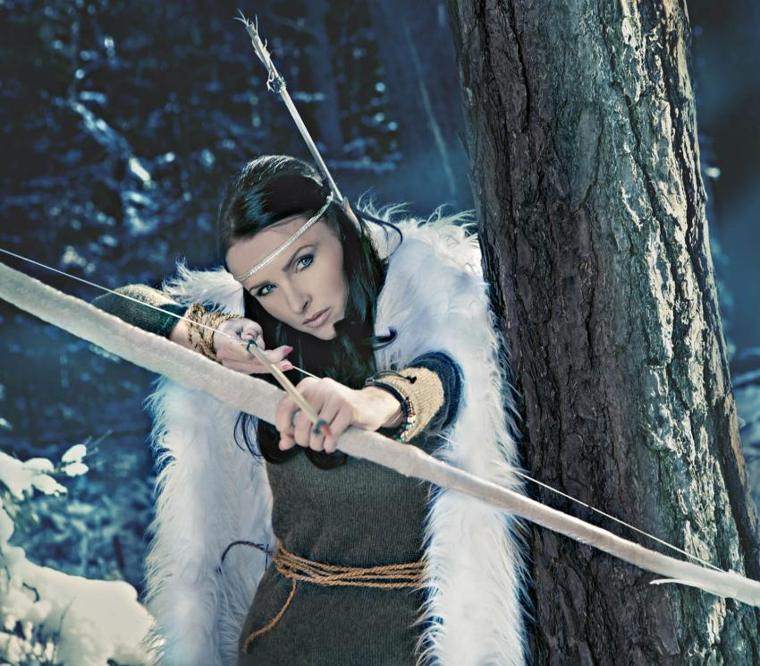 https://cf.ltkcdn.net/costumes/images/slide/249963-850x744-16-adult-costume-ideas.jpg