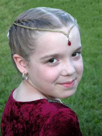 https://cf.ltkcdn.net/costumes/images/slide/105150-600x800-little-princess.jpg