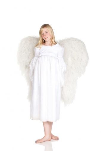 https://cf.ltkcdn.net/costumes/images/slide/105162-566x848r1-Angel.jpg