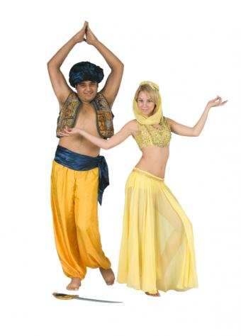 https://cf.ltkcdn.net/costumes/images/slide/146058-587x818r1-group-costume-sultan-belly.jpg