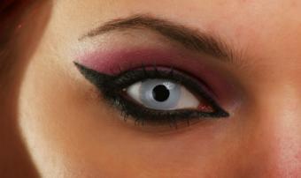 Vampire Contact Lenses