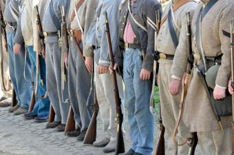 Pictures of Confederate Soldiers' Uniforms