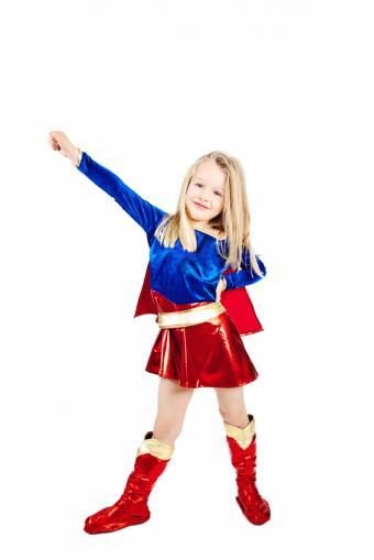 https://cf.ltkcdn.net/costumes/images/slide/164858-566x848-Super-girl.jpg