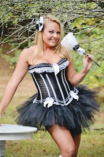 https://cf.ltkcdn.net/costumes/images/slide/177669-400x600-Miss-Priss-Tutus-French-Maid-Costume-sm.jpg
