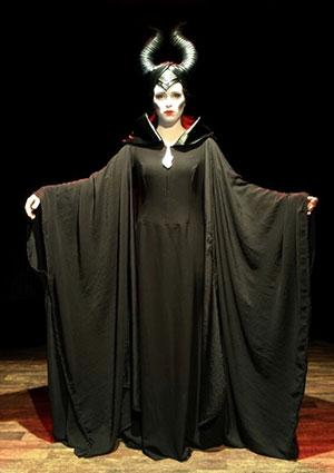Maleficent costume by Creativinazione on Etsy