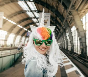 https://cf.ltkcdn.net/costumes/images/slide/249965-850x744-18-adult-costume-ideas.jpg