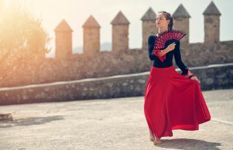 Spanish girl dancing