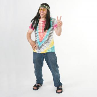 Hippie giving peace sign