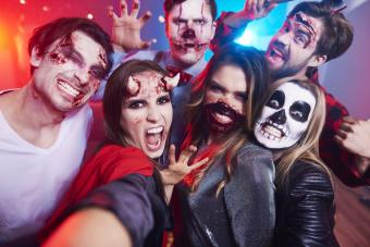 40+ Insanely Easy Halloween Costume Ideas for Adults