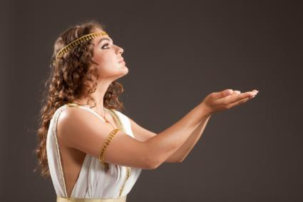 How to make a greek goddess costume lovetoknow greek goddess solutioingenieria Gallery