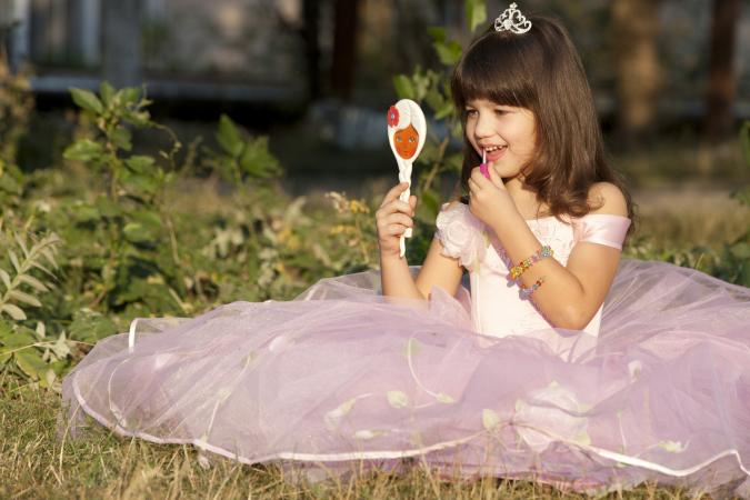 Girl in pink tutu with tiara