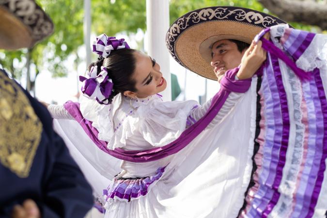 Mexico, Jalisco, Xiutla dancer, folkloristic Mexican dancers