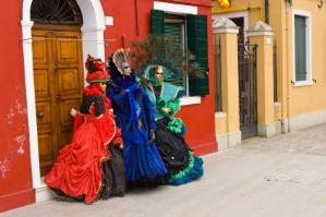 The 17th and 18th centuries are the most evoked eras for masquerade ball costumes