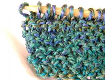 https://cf.ltkcdn.net/crafts/images/slide/128598-849x646r1-knitting-10.jpg