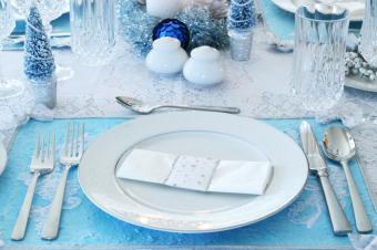 Christmas Table Decorations to Make