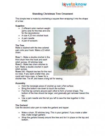 crochet standing Christmas tree