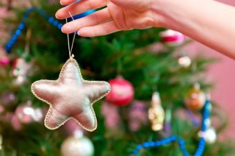 gold start ornament