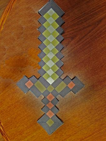 3 Minecraft Themed Paper Craft Projects
