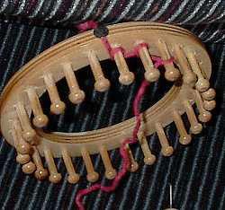 Basic e-wrap for round loom