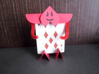 Alice in Wonderland Paper Craft Ideas