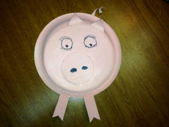 How to Make a Paper Plate Pig