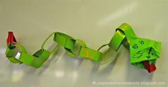http://useyourcolouredpencils.blogspot.com/2012/04/paper-chain-chinese-dragons.html