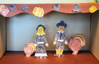 Thanksgiving puppet show
