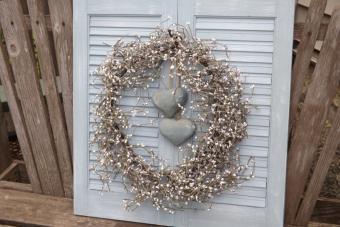 Crafts to Make With Old Window Shutters