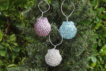 Glitter Scallop Ornaments