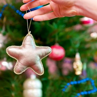 Gold Star Ornament Pattern