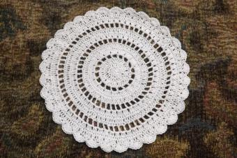Scalloped Ring Doily