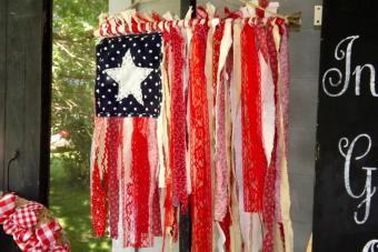 Patriotic Rag Strip Flag Hanging