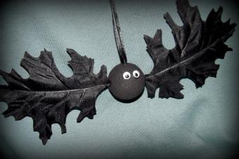 Oak Leaf Bat