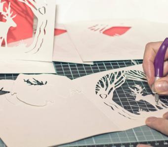 https://cf.ltkcdn.net/crafts/images/slide/250129-850x744-4-creative-diy-note-card-ideas.jpg