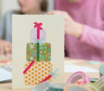 https://cf.ltkcdn.net/crafts/images/slide/250134-850x744-9-creative-diy-note-card-ideas.jpg