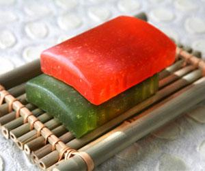 how to make soaps