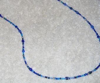 Blue_necklace.jpg