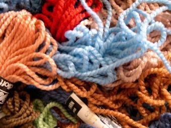Easy Plastic Needlepoint Crafts