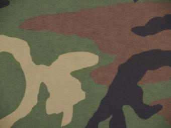 How to Paint Fabric Camouflage Pattern