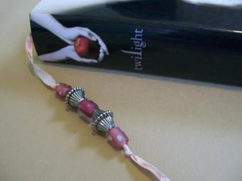 How to Make Beaded Bookmarks